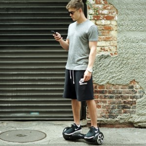 AIRBOARD, Hoverboard, mini Segway - Airwheel, Fastwheel és CHIC-Robot
