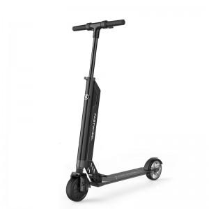 Fastwheel F0 160Wh elektromos roller, fekete/matt-fekete színkombinációval